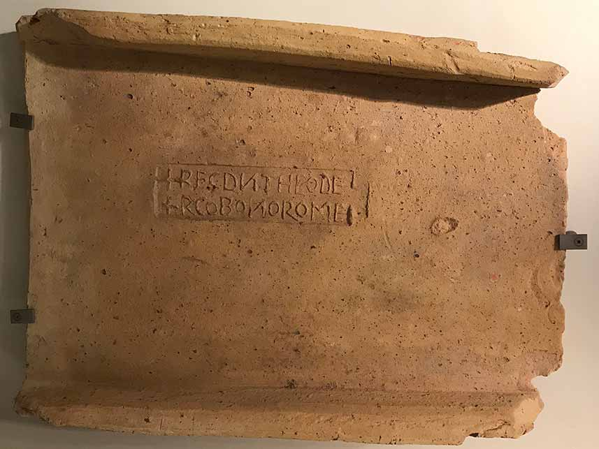 Roman tile stamped with +REG(NANTE) D(OMINO) N(OSTRO) THEODE + RCO BONO ROME.